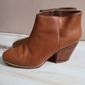 RACHEL COMEY MARS ANKLE BOOTS WHISKEY 6.5 LEATHER